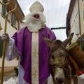 Passage du St Nicolas avec son âne